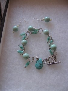 Aqua Set (Earrings and Bracelet)