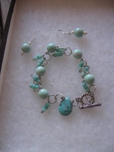 Aqua Set (Earrings and Bracelet)